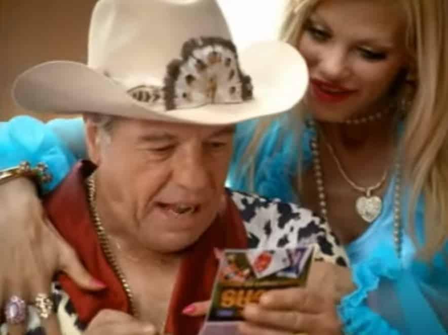 Brandon et Brenda, le couple le plus Bling Bling de la publicité pour le jeu VEGAS de la FDJ.